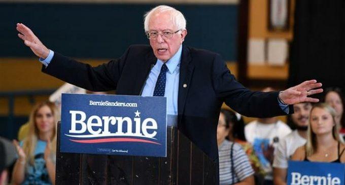 Israel should not take US money for banning Congresswomen: Sanders