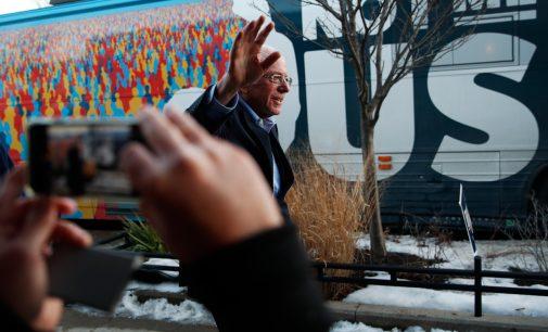 """As Bernie Sanders Surges, DNC Launches """"Troll Army"""" Ahead of Iowa Caucus"""