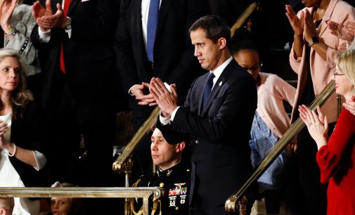 "SOTU: Democratic ""Resistance"" Give Trump's Venezuela Aggression a Standing Ovation"
