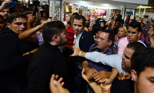 Media Presents Anger and Jeers Against Juan Guaido as Hometown Hero's Welcome