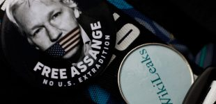 John Pilger: Julian Assange Must be Freed, Not Betrayed