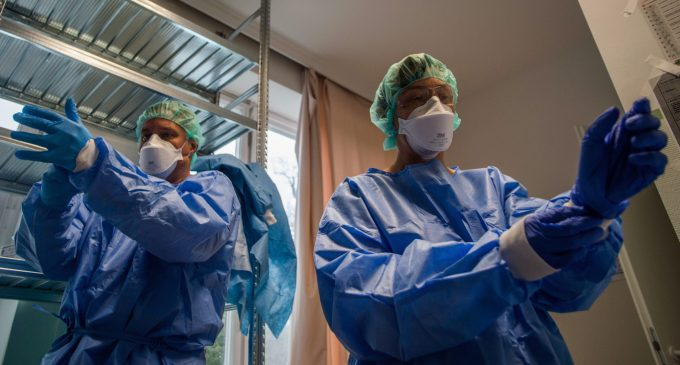 As Governments Struggle to Contain Coronavirus, Doctors Get Inventive