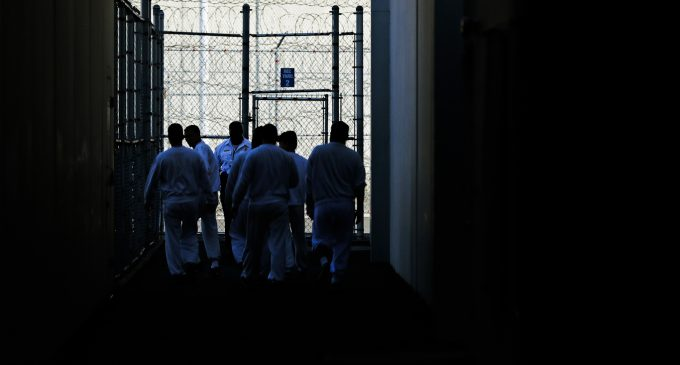 Inmates at Privately-Run ICE Camp Go on Hunger Strike Amid COVID-19 Outbreak, Deteriorating Conditions