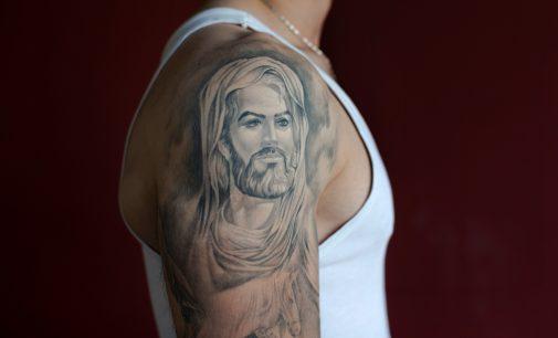 As White Jesus Debate Rages, Islam Undergoes its Own Racial Reckoning