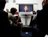 Left and Right Unite in Calls for Snowden Pardon Amid Speculation of a Trump Decision