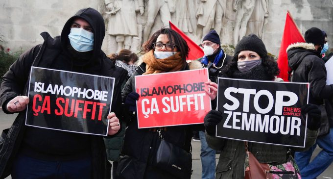 """As Macron Courts the Far-Right, France Launches Crackdown on """"Islamo-Leftism"""""""