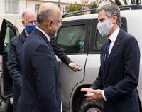 US secretary of state makes surprise visit to Kabul