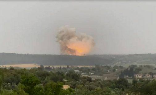 Powerful blast rocks 'sensitive' Israeli missile factory